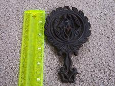 "VINTAGE Old Trivet Cast Iron Figural EAGLE & HEART hot plate mini 5.5"""