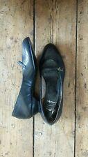 Flats 1960s Vintage Shoes for Women