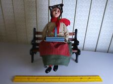 BYERS CHOICE 2008 30th Anniversary Apple Lady on Bench, RETIRED