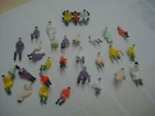 20 MIXED SEATED PEOPLE FIGURES  SUIT HORNBY FIT IN COACHES  00 GAUGE BRAND NEW