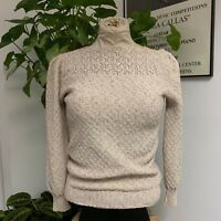 Adorable Vintage 1970's/1980's Cream Knit Sweater by Del Mar California