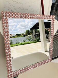 Champagne Decor And White Frame Mirror