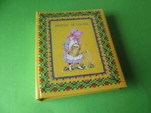 VINTAGE HOLLY HOBBIE COOKBOOK RECIPE BOOK AMERICAN GREETINGS CORP 80'S NEW
