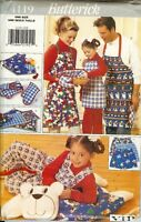 Butterick 4119 FAMILY APRONS VIP Christmas Gift Mitts Placemats pattern UNCUT FF