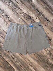 Columbia Women's Khaki Omni Shield Short Court Nylon Shorts Size XL Regular Fit