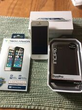 Apple iPhone 5 - 32GB - (Unlocked) Excellent 1st Phone For A Young Person