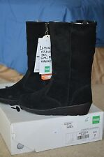 NEW Woman Boot Cougar Virtuous US 7 Black Mid Calf Winter Suede Leather Wedge