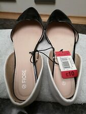 SIZE 7 LADIES BLACK AND WHITE  FLAT SHOES new was£10.00now £5.00