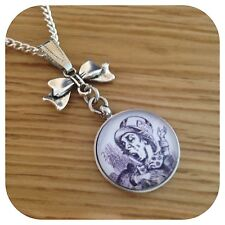 Alice in Wonderland Mad Hatter Bow Necklace bw
