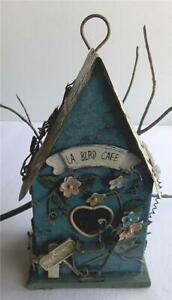 CHARMING RUSTIC METAL ART HAND-PAINTED HANGING/TABLE TOP DECORATIVE BIRD HOUSE