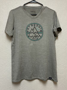 Patagonia Men's Large Daily Capilene Grey Short Sleeve Built To Endure Jersey L
