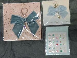 Simply Gilded Blue Velvet Bow Charms And Nail Stickers New