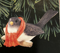 Hallmark Ornament Warm And Cozy 1998 Bird Scarf Christmas Nature Vintage - New