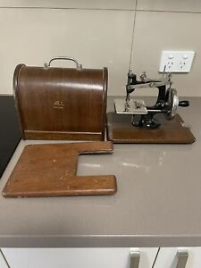 ALL Lead Miniature Toy Sewing Machine Mishin Seisakusho Japan Circa 1930's