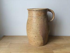 ancien pot à lait en grès