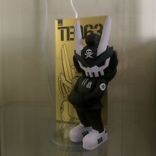 TEQ63 Quiccs OG Black White Martian Toys