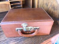 Vintage 1950's Shortrip Short Trip Train Luggage Make Up Case Leather - NO KEYS