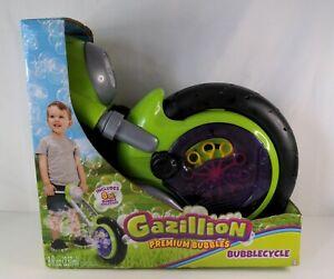 Gazillion Green Premium Bubbles Bubblecycle Machine Toy (3+) **Summer Fun**
