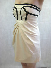 Nylon Flocks by Nicola Finetti Size 6 Cream Party Dress