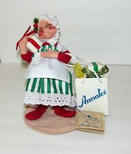 Annalee 1993 Mrs. Claus with Shopping Bag and Presents 5001