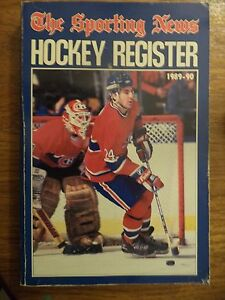 1989 1990 HOCKEY REGISTER BY THE SPORTING NEWS CHRIS CHELIOS MONTREAL CANADIENS