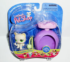 NEW Littlest Pet Shop LPS Yellow Cream Cat #98 Green Eyes Scratching Post