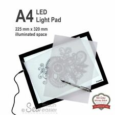 Art Projectors & Light Boxes