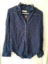 NWT!! Women's Hollister Navy Blue Floral Lace Button Down Shirt - Size S Small!!