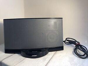 Bose SoundDock Series II 2 Speaker 30 Pin Black with Power Supply