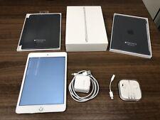 Apple iPad mini 4 64GB, Wi-Fi, 7.9in - Silver (CA)
