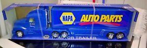 NYLINT #9020-N NAPA AUTO PARTS TRACTOR TRAILER semi boxed NICE