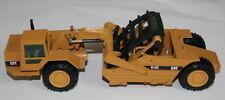 Baufahrzeuge von Caterpillar im Maßstab 1:50
