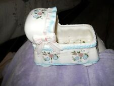 Ceramic baby bassinette planter in excellent condition      SHIPS FREE