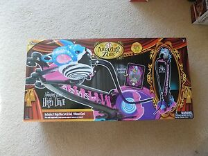 """The Amazing Zhus High Drive Toy over 28"""" Tall 4+  (T2)"""