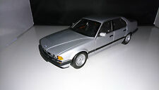 1:18 MINICHAMPS BMW 730i E32 SILBERMETALLIC SEHR SELTEN