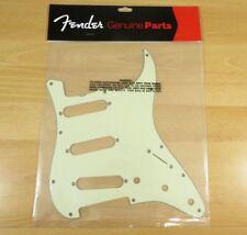 Fender AVRI 62 Stratocaster Pickguard Mint Green FENDER AVRI 62 Strat Worldwide!