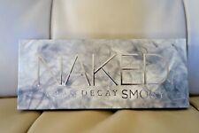 AUTHENTIC Urban Decay Naked Smoky Eyeshadow Palette NIB 12 shades smudger brush