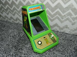 VINTAGE 1982 COLECO SEGA FROGGER TABLE TOP MINI ARCADE VIDEO GAME TESTED WORKING