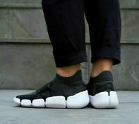 NIKE FOOTSCAPE FLYKNIT DM Trainers Gym Casual Sock-like - Various Sizes - Black