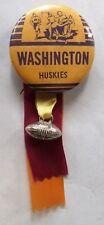 1960 & 1961 UNIVERSITY WASHINGTON HUSKIES Rose Bowl football pinback button