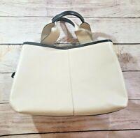 Innue Genuine Leather Cream Beige Black Zipper Square Purse
