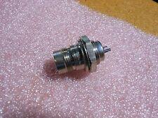 AMPHENOL TWINAX RF CONNECTOR # 82-5590   NSN: 5935-01-286-3623