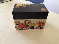 Vintage Retro Ohio Art Metal Recipe Card Box 5 X 3 X 3.5 inches Mod Flower 70's