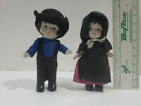 Pair Of 4-in Vintage Ceramic Amish Country early 1900's Dolls