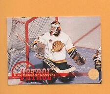 1994-95 Leaf CREASE PATROL Insert # 7 Kirk McLean VANCOUVER CANUCKS GOALIE