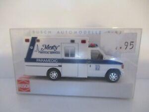 BUSCH FORD E-350 AMBULANCE - MERCY SCALE 1:87 No. 41812