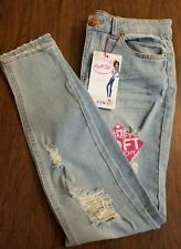 NWT Almost Famous Womens Roll Up Light Wash Jeans Size 0