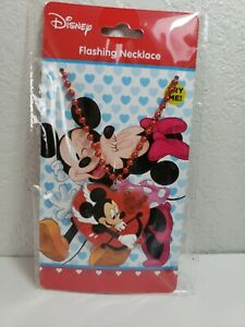 MICKEY MOUSE FLASHING LIGHTS LIGHT UP  NECKLACE HEART SHAPE- COLLECTIBLE