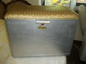 CRONCO COOLER BY CRONSTROMS MGF VINTAGE ALUMINUM  FISH HUNT PICNIC BOATING