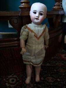 ancienne poupée Sfbj 60 Paris 6/0 taille 3